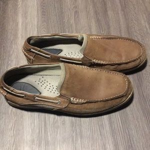 Men's Chaps leather boat shoes. Size 12M
